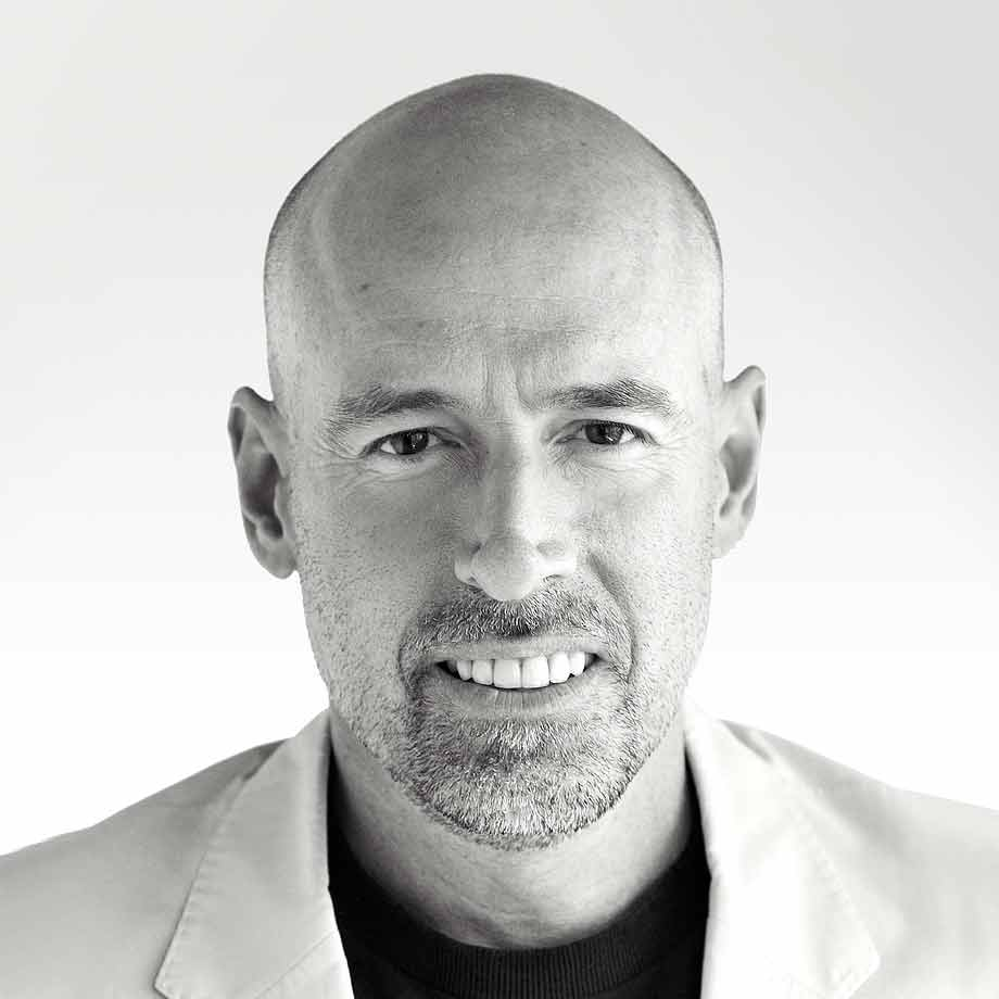 NBF2016-speaker-Scott_Galloway